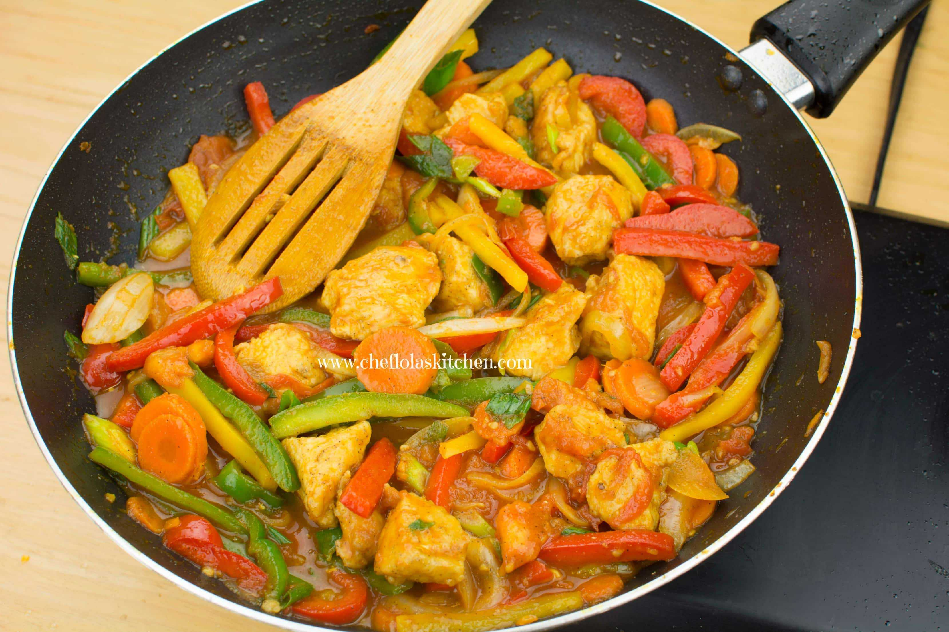 Chicken and Vegetable Stir fry in Tomato Sauce