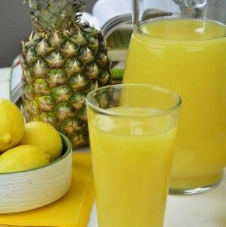Lemon Ginger pineapple Juice (VIDEO)