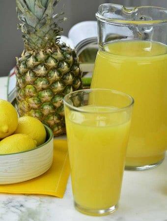 Need to detox? Try this Lemon Ginger Pineapple Juice Recipe - https://cheflolaskitchen.com/lemon-ginger-pineapple-juice-recipe/