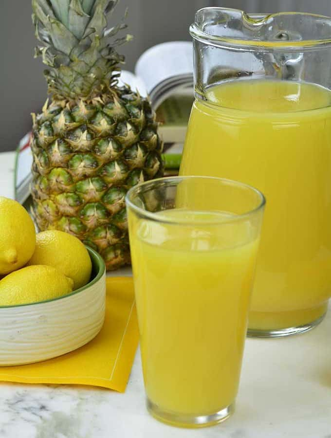 Need to detox? Try this Lemon Ginger Pineapple Juice Recipe - https://cheflolaskitchen.com/lemon-ginger-pineapple-juice-recipe/
