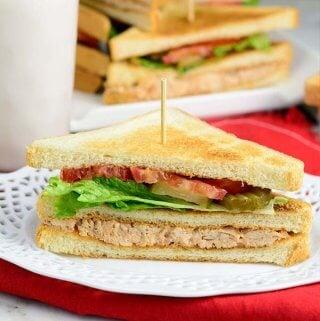Easy Club Sandwich (VIDEO)