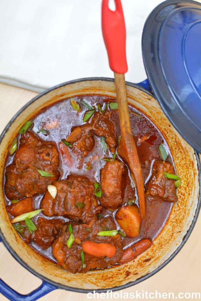 easy oxtail stew with carrots and potatoes
