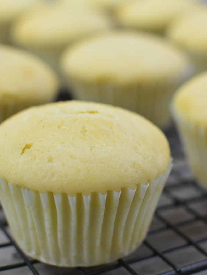 Easy Vanilla Cupcake Recipe From Scratch
