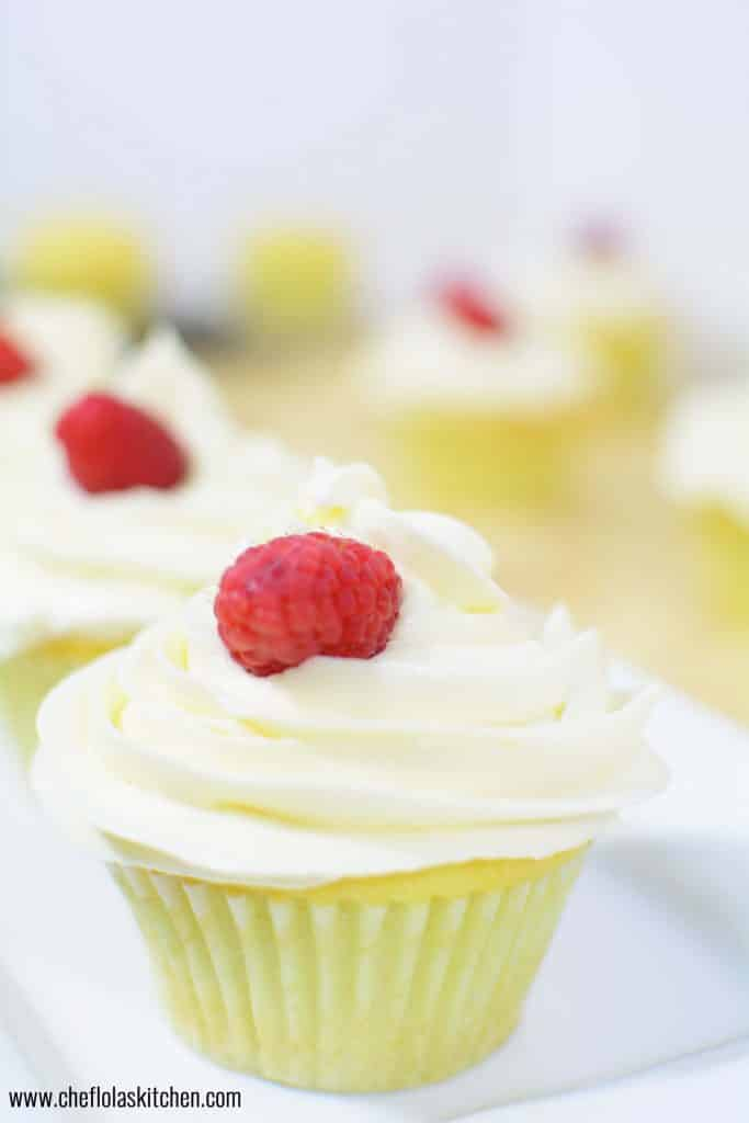 Easy Vanilla Cupcakes from scratch