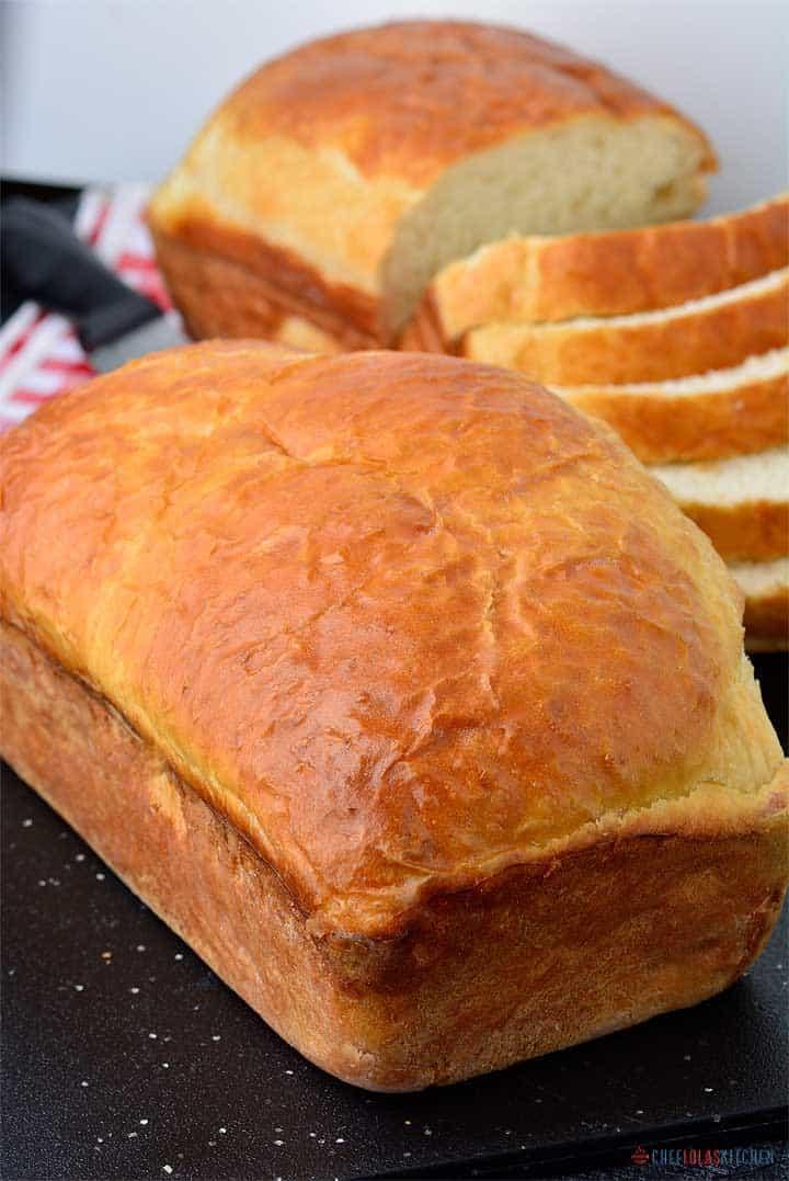 Freshly baked No-yeast Sandwich Bread