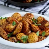 Crispy Air fried potatoes served with Air fried Chicken drumsticks