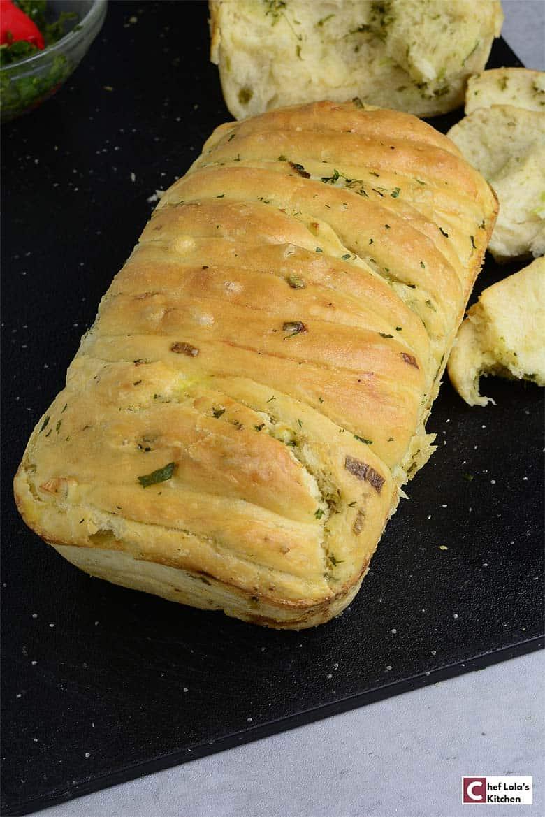 Garlic pull apart bread loaf