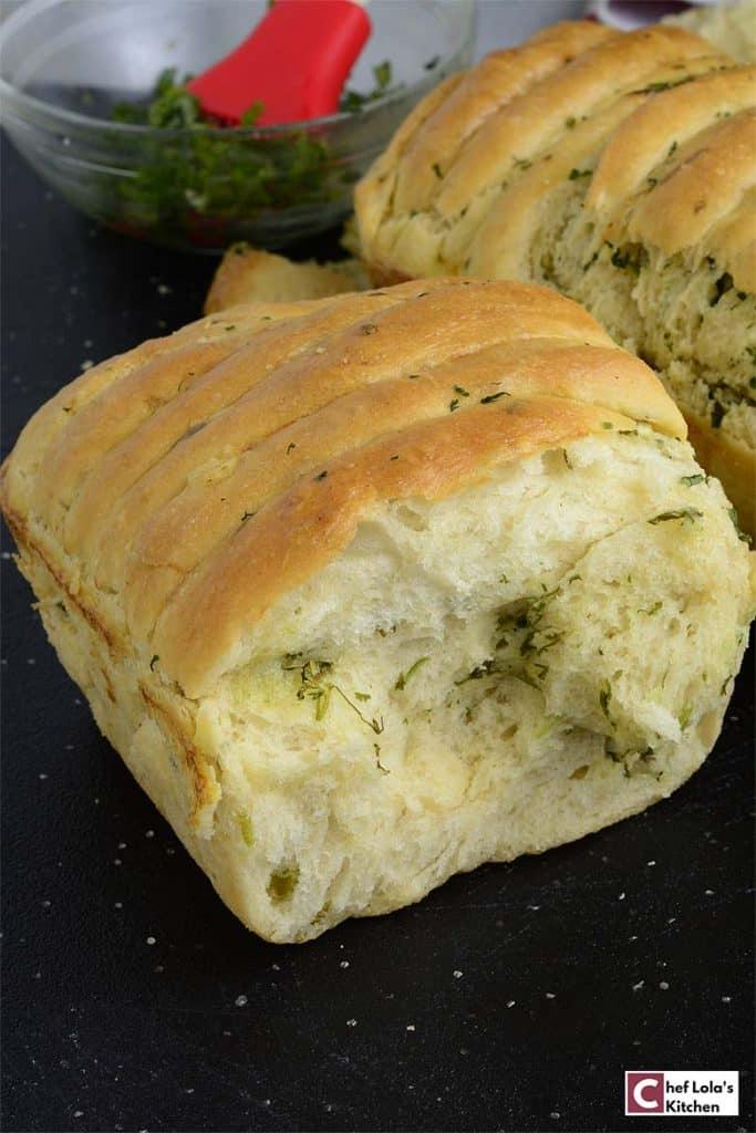 No-Knead Garlic Pull-Apart Bread